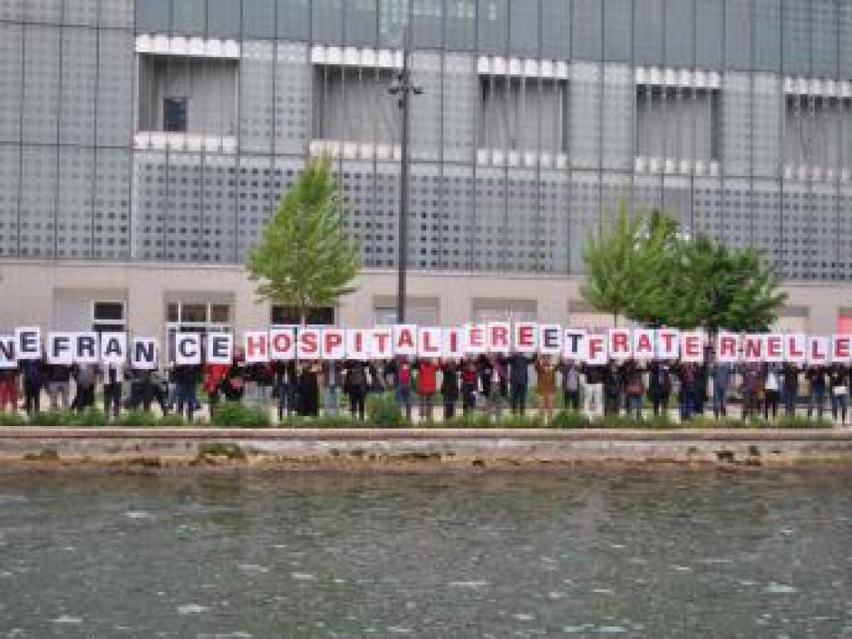 Pour un accueil digne et solidaire, les communistes parisien.ne.s mobilisé.e.s!