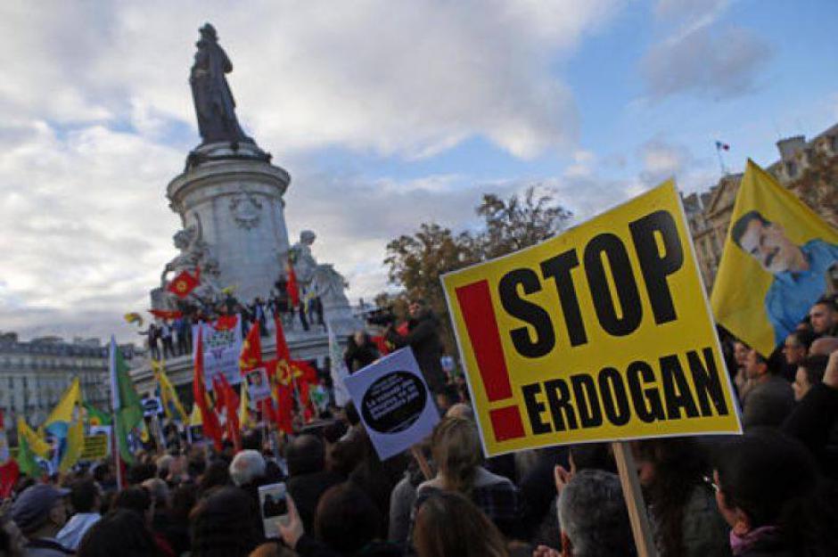 Solidarité avec la grève de la faim du mouvement des femmes kurdes (PCF)