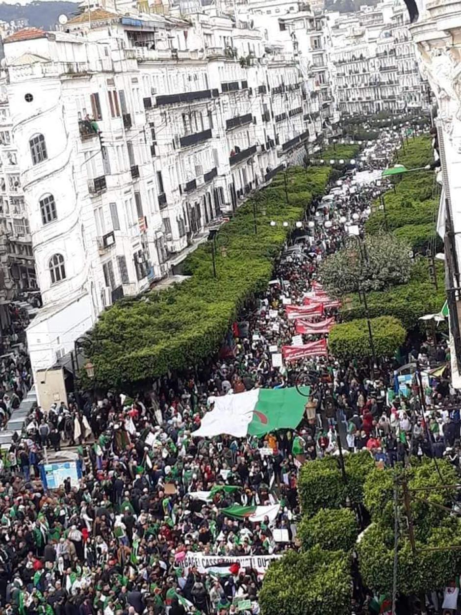Algérie : Le pouvoir brandit la menace de la répression policière (PCF)