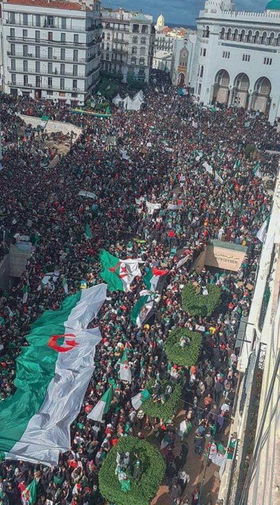 Algérie: L'exigence d'une transition démocratique