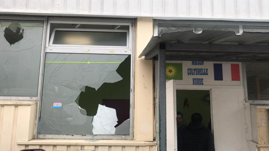 Nouvel acte de vandalisme contre la communauté kurde: Erdogan poursuit jusqu'en France ses opposants (PCF)