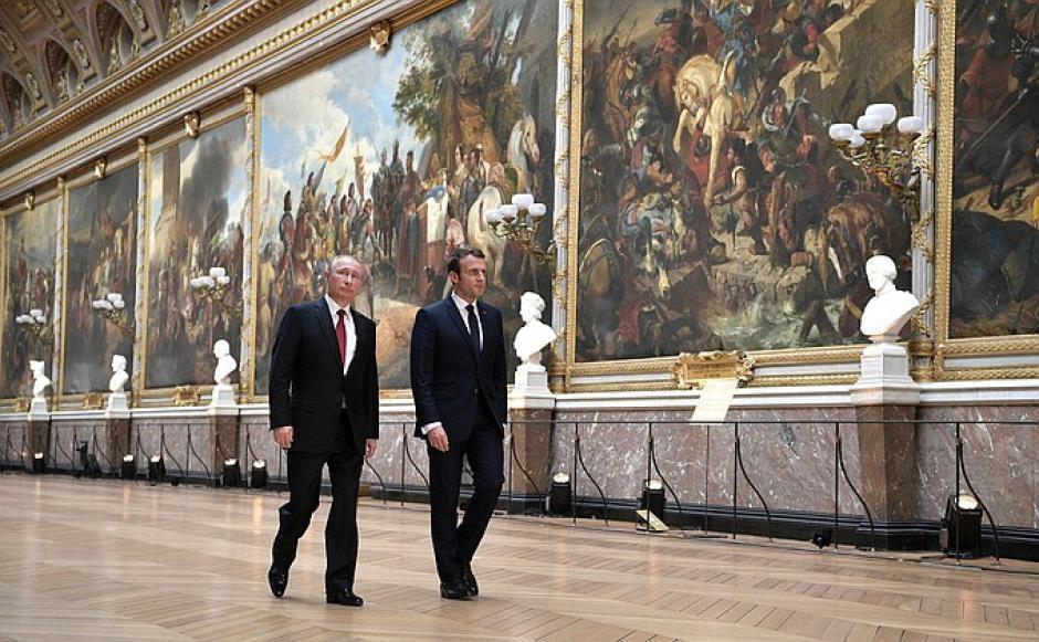 Rencontre Macron-Poutine : passer de l'opération de communication à une politique de sécurité et de coopération collectives