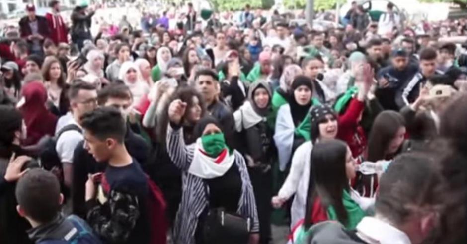 Une première victoire pour le peuple algérien