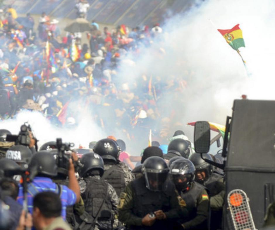 Bolivie: Le gouvernement français doit sortir de sa torpeur et prendre la défense du peuple bolivien qui lutte pour la restauration de l'Etat de droit